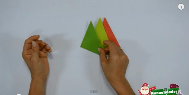 Estrella de navidad de papel 2