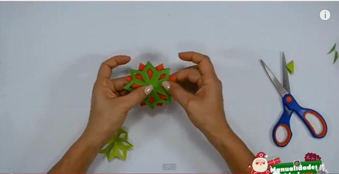 Estrella de navidad de papel 6