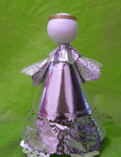 Hacer un ngel con materiales reciclados - Angeles de navidad manualidades ...