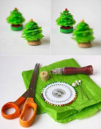 Arbolitos de navidad con reciclaje