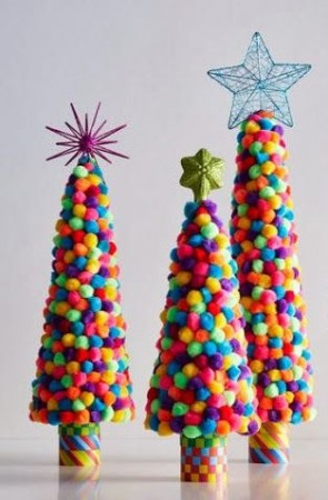 Arbolitos de navidad - Arbol de navidad con adornos de fieltro ...