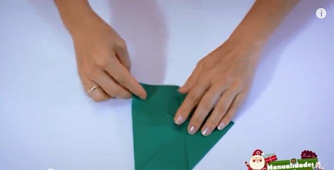 caja navideña de papel 3