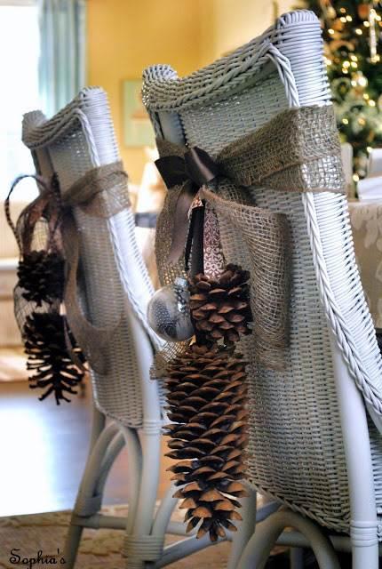 decoracion con piñas secas