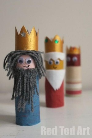 Reyes Magos con tubos de carton